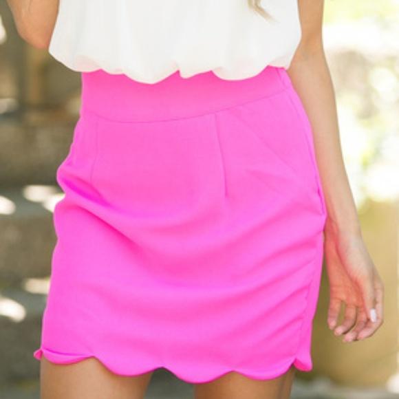 Dresses & Skirts - Hot Pink Scalloped Skirt